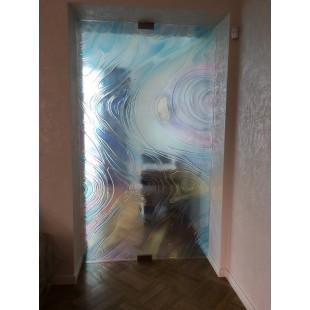 декоративные двери из стекла