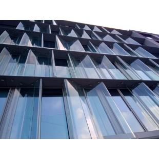 гнутое стекло для фасада здания, гнутый ламинированный фасад