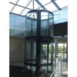 Гнутые закаленные ламинированные стекла для лифта